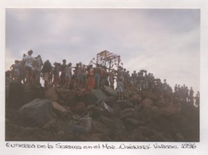 F-08616-Entierro-Sardina-Naiguata-1996-IPC-UPEL